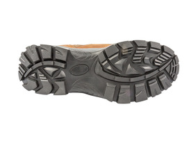 Deep tread cleated, selfclearing sole pattern