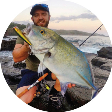 Kyle Waterhouse with a magnifi cent Bluefi n Trevally, caught on the Pacifi c coast of Panama, on a Snowbee Tarpon Spinning Rod.